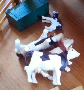 Mayhem at the Playmobil farm - cows in distress