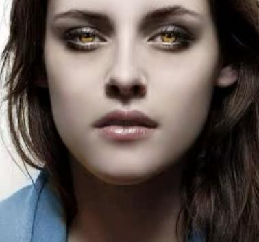 Twilight's Bella and her vampire golden eyes