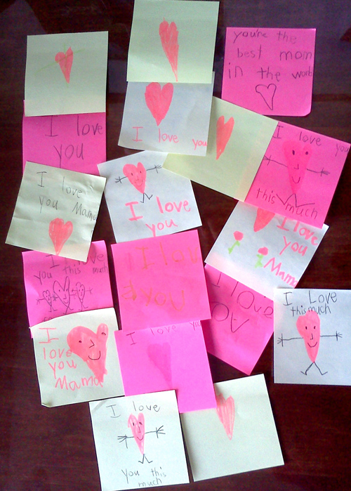 Wordpress weekly photo challenge: Love notes on Post-it