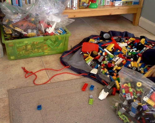Wordpress weekly photo challenge: A day in my life - playing lego