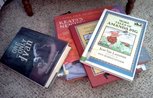 Wordpress weekly photo challenge: A day in my life - storytime with the kids