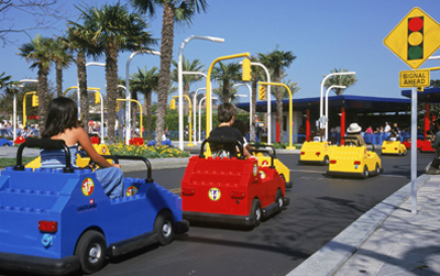 Goofy Monday: Legoland driving school - Copyright Lego